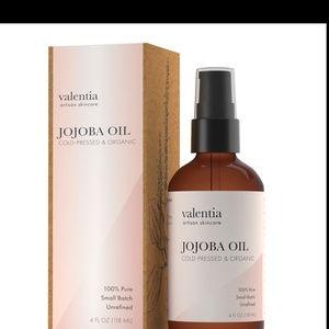 Valentia Artisan Skincare Jojoba Oil NWT